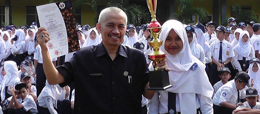 Juara 3 Lomba Puisi TK. Jawa Barat Tahun 2015